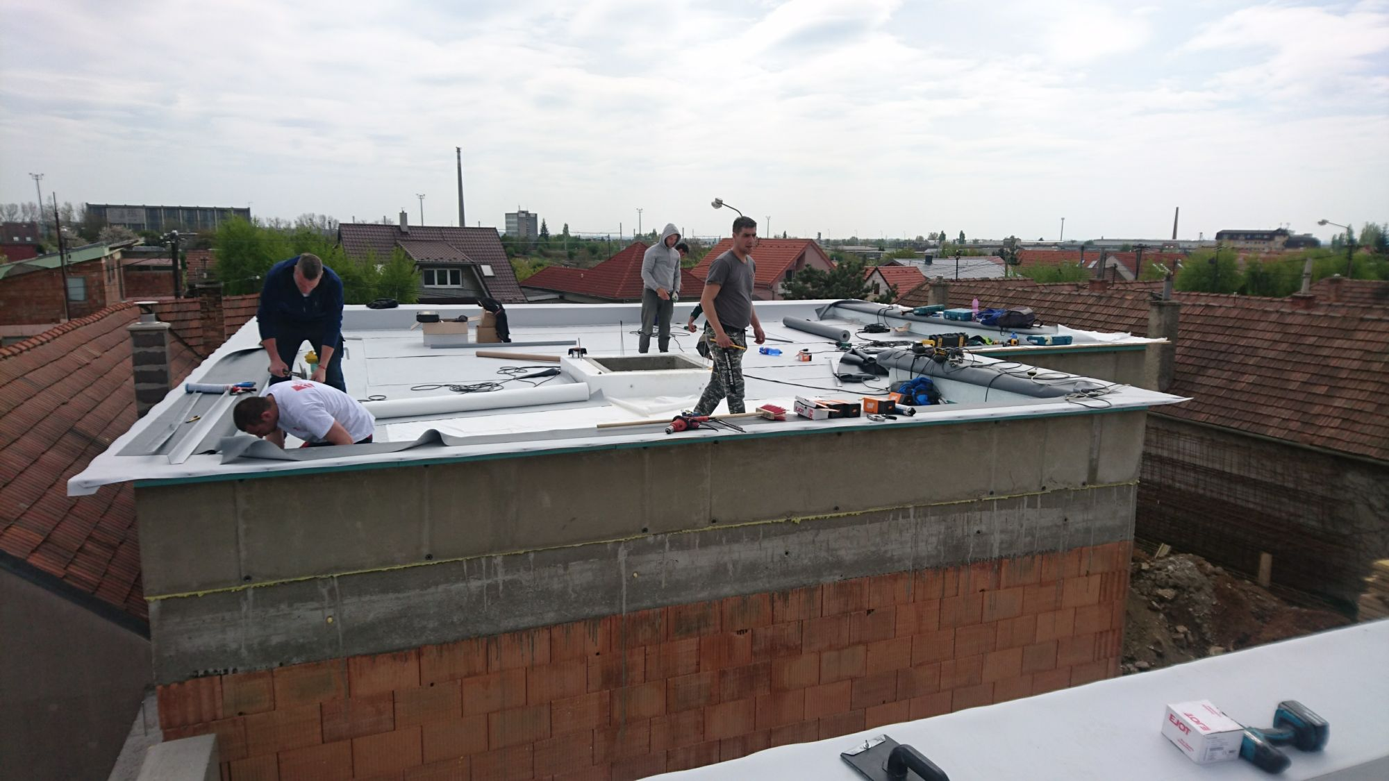 Izolácia plochej strechy