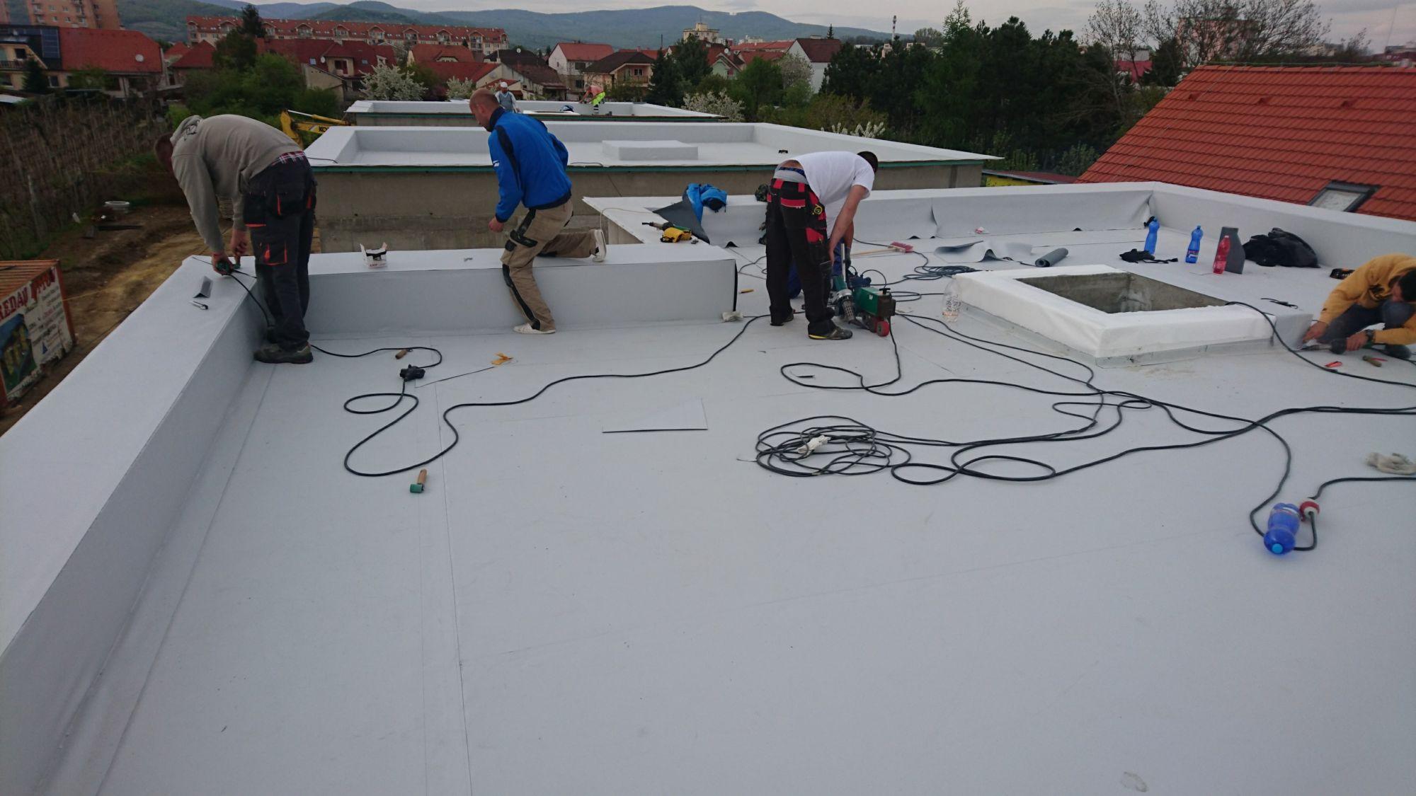 Izolovanie plochej strechy